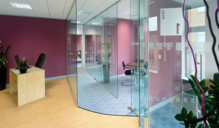glass partition kerala